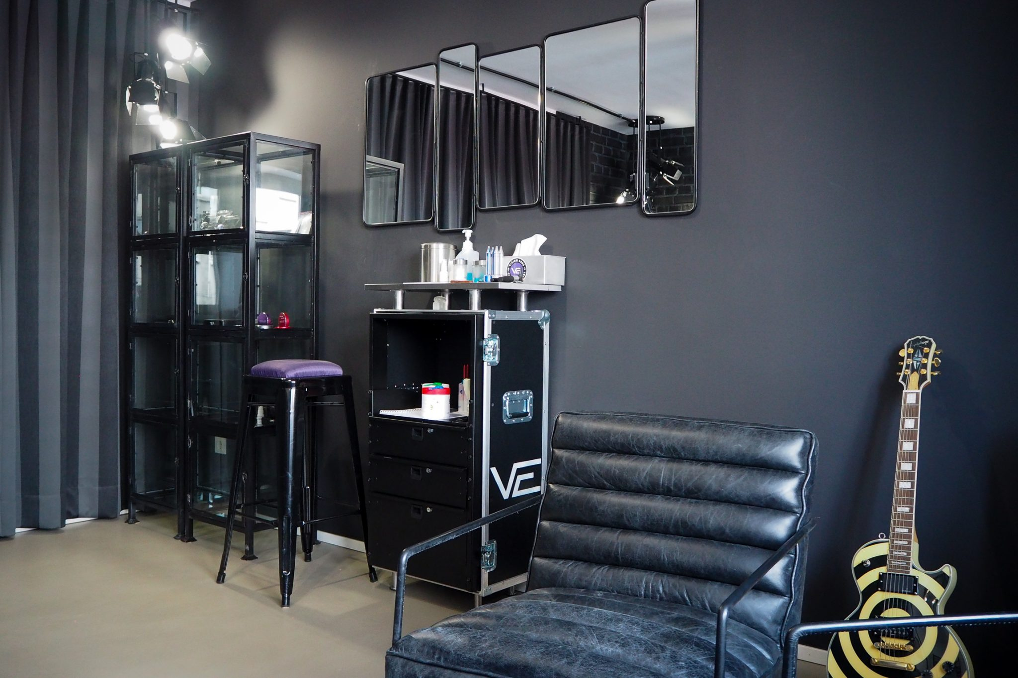 Vision Ears Showroom, Interior Design Stil Manipulation 2017