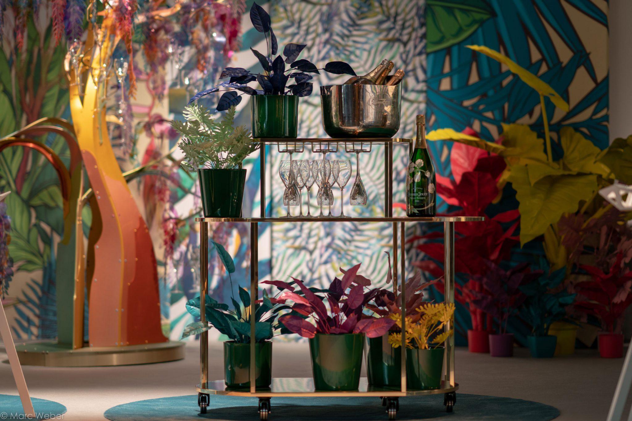 Perrier-Jouet Bar Mobil, Champagner Bar, Bar Trolley, Design Stil Manipulation 2019